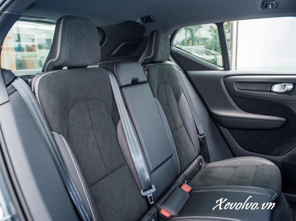 Nội thất trong xe Volvo XC40 2020 R-Design