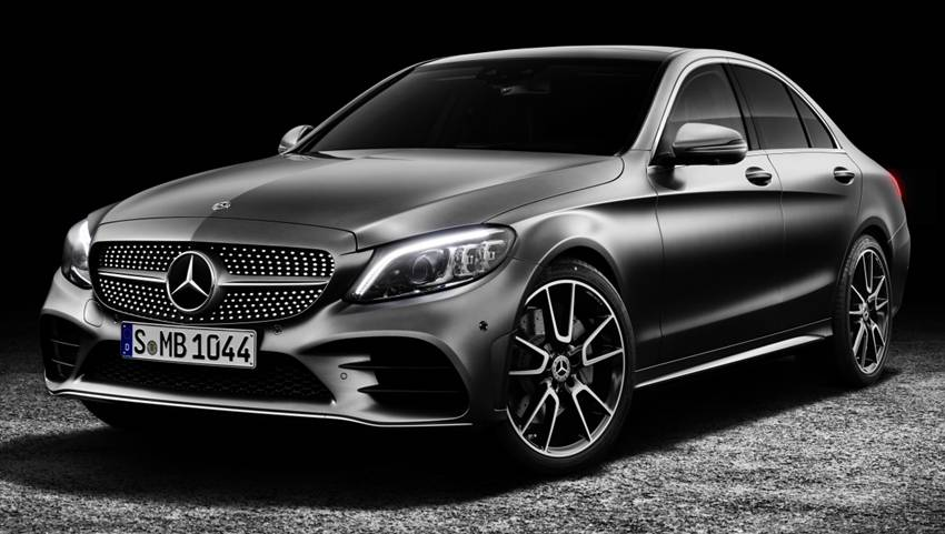 Xe Mercedes-Benz C-Class cũng vinh dự lọt TOP hãng xe an toàn